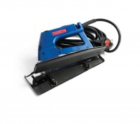 Heat Seaming Iron with Grooved Base and Stand